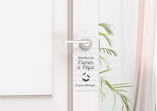 Accroche poignée de porte